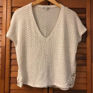 American Eagle high low crop top lace small knit